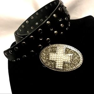 ✝️Studded Leather Pearls+Beaded Cross Belt Buckle